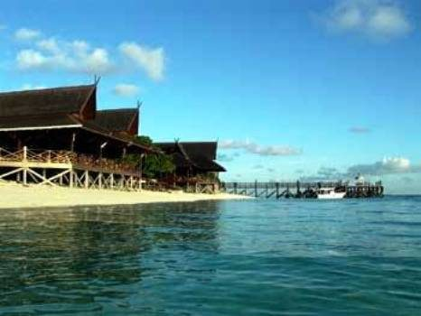 Hotel Borneo Malese – Mataking Reef Dive Resort